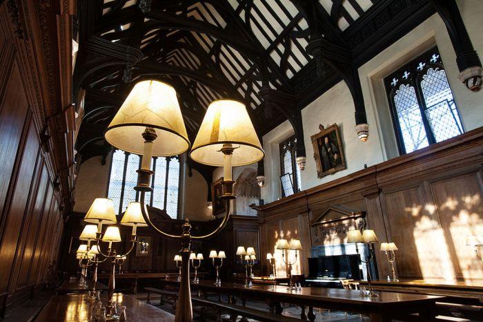 Corpus Christi College, Oxford. Photo courtesy of Jorge Royan.